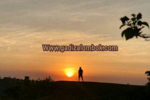 Bukit Munjit, Lokasi Baru dan Terbaik Melihat Sunset di Senaru – Lombok