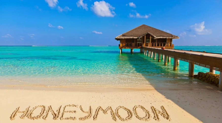Paket Honeymoon  dengan Private Pool Villa di Senggigi-Lombok
