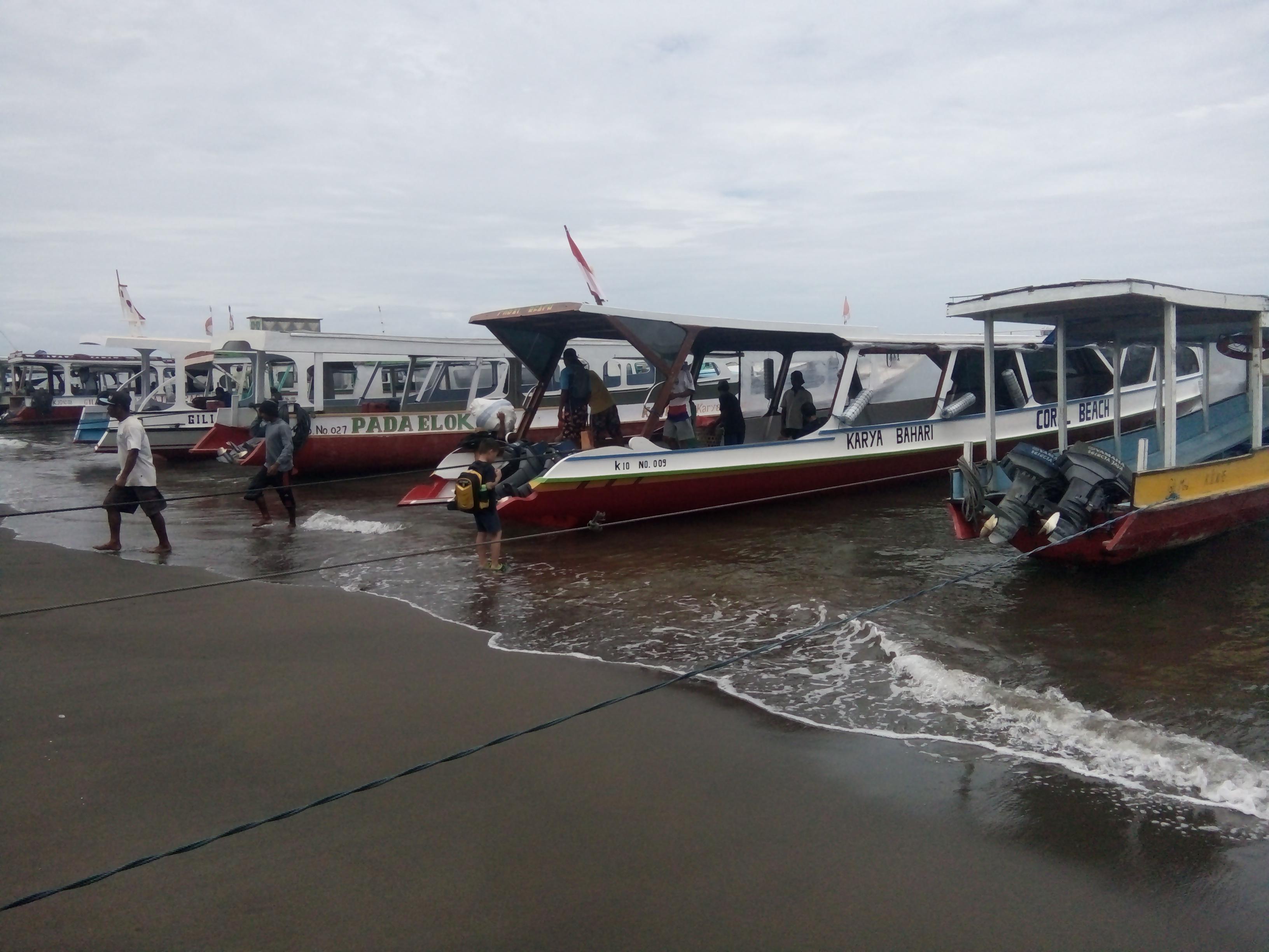 boat pelabuhan bangsal