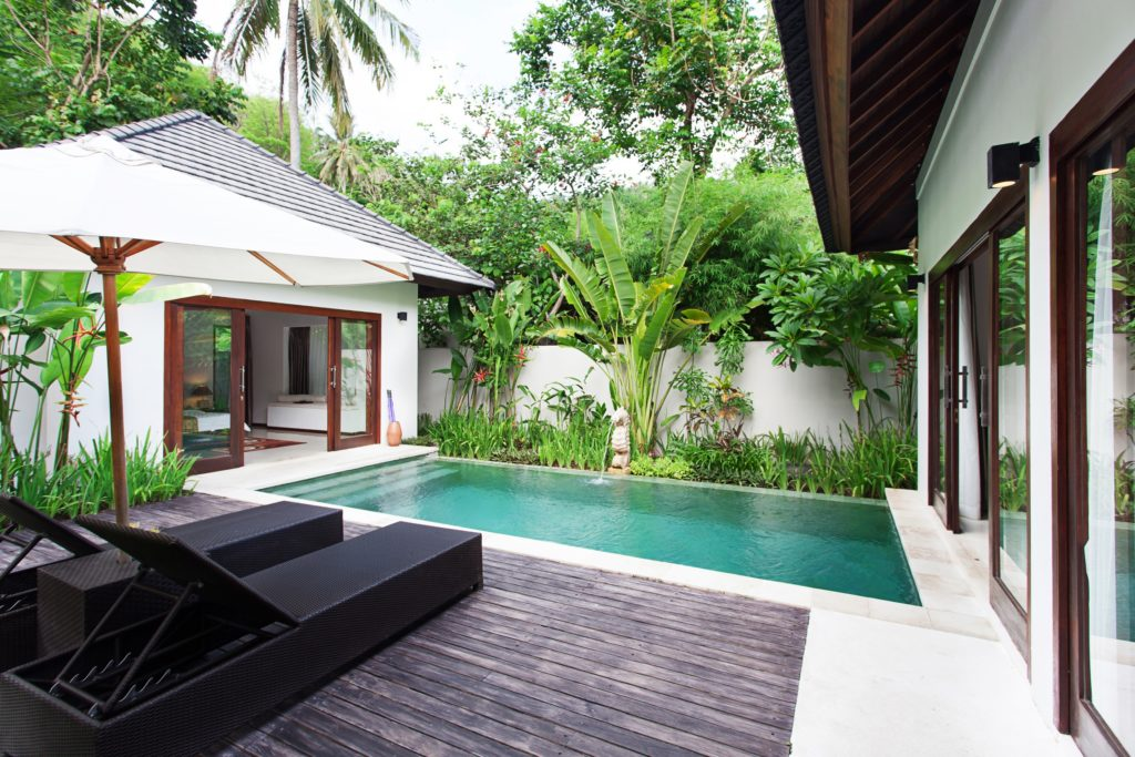 Paket honeymoon Lombok Private pool di Senggigi